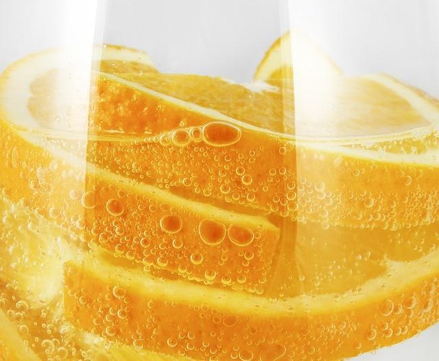 sparkling orange water drink