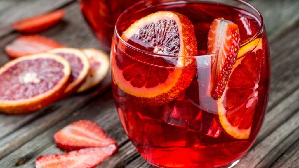 What does blood orange soda taste like