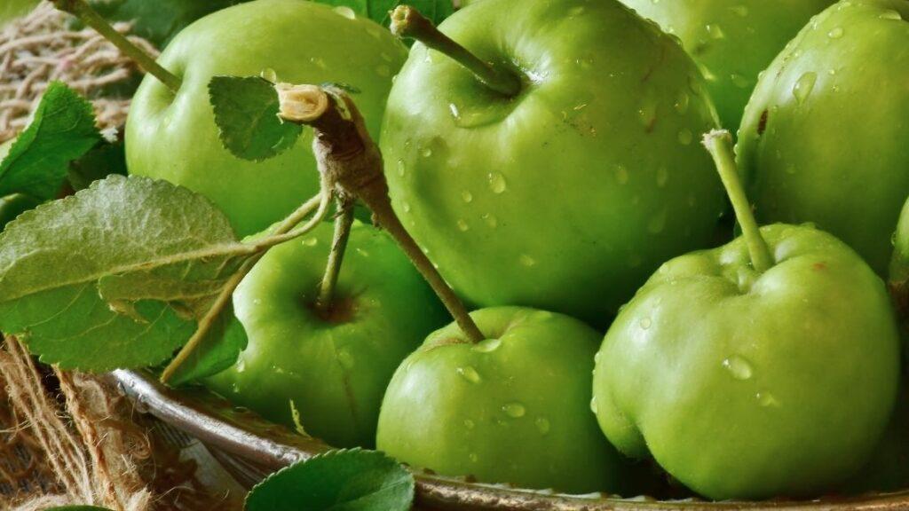 What does green Fanta taste like