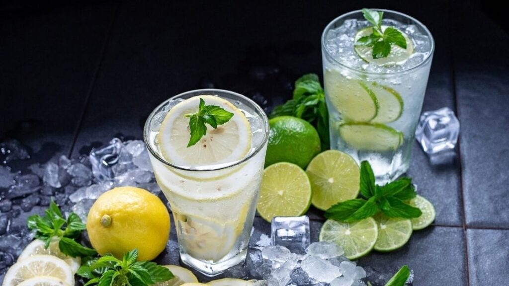 Is it Best to Drink Lemon Water Warm or Cold
