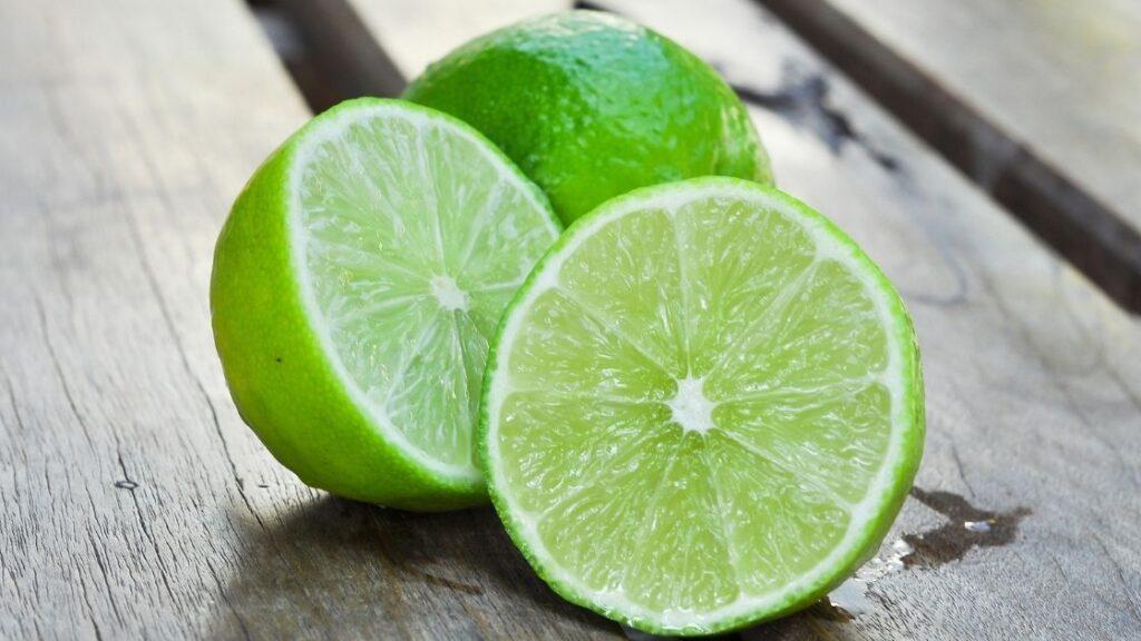 What Does Green River Soda Taste Like