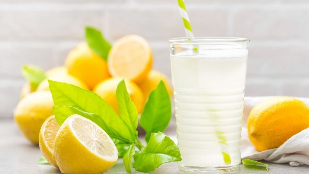 What are the Benefits of Lemon Juice